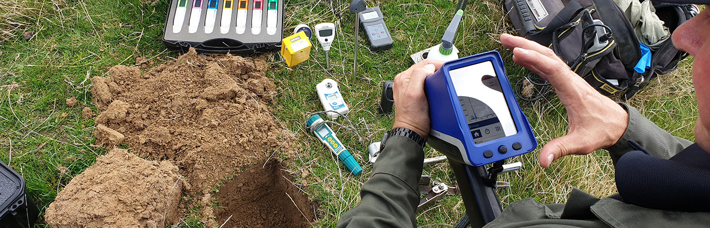 iFert Agricultural Soil Testing services - plant & soil sampling, analysis & diagnosis
